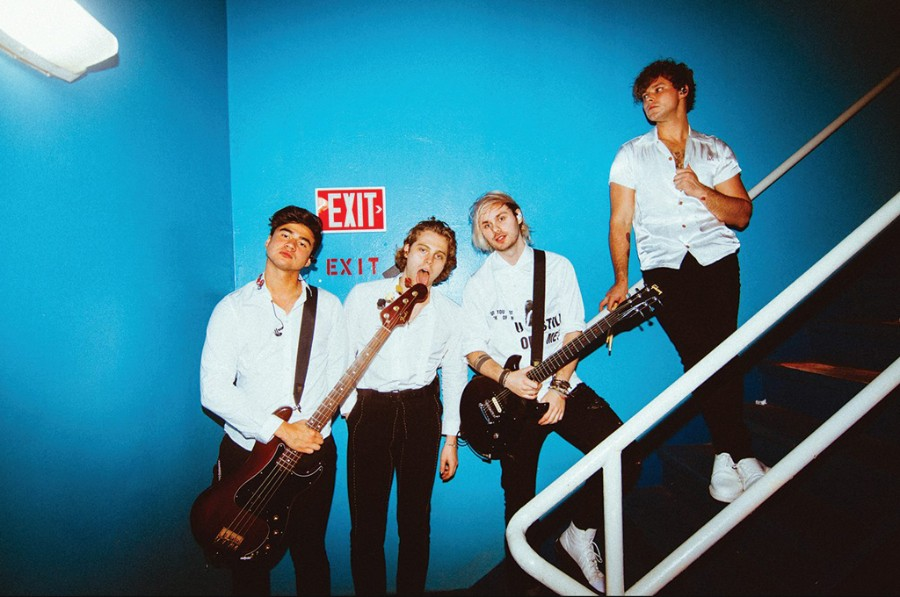 """5 Seconds Of Summer Premieres New Song """"Lie To Me"""" featuring Julia"""