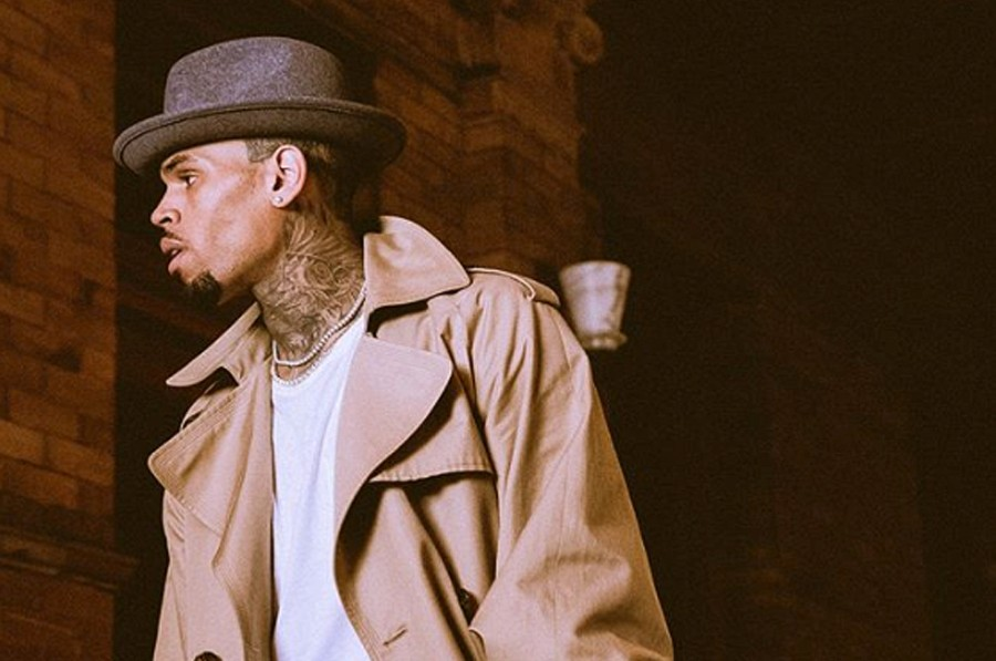 """31753e25713061 American singer-songwriter Chris Brown just premiered the official music  video for """"Hope You Do"""" directed by Chris Brown and Daniel CZ."""
