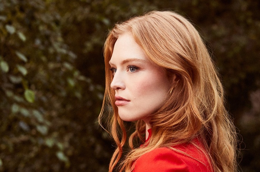 Freya Ridings Releases New Song Castles Pm Studio World