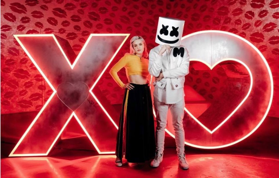 American DJ Marshmello And London Based Singer Songwriter Anne Marie Have Worked On A New Song Friends Together This Marks Their First Collaboration