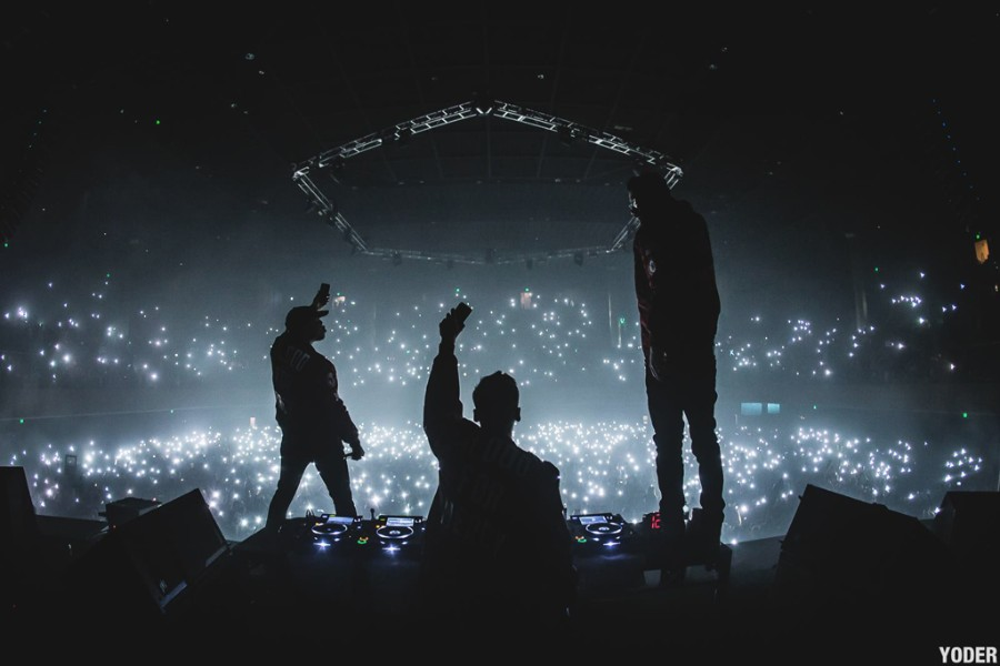 Yellow claw premieres new song love war featuring yade lauren yellow claw premieres new song love war featuring yade lauren pm studio world wide music news stopboris Images